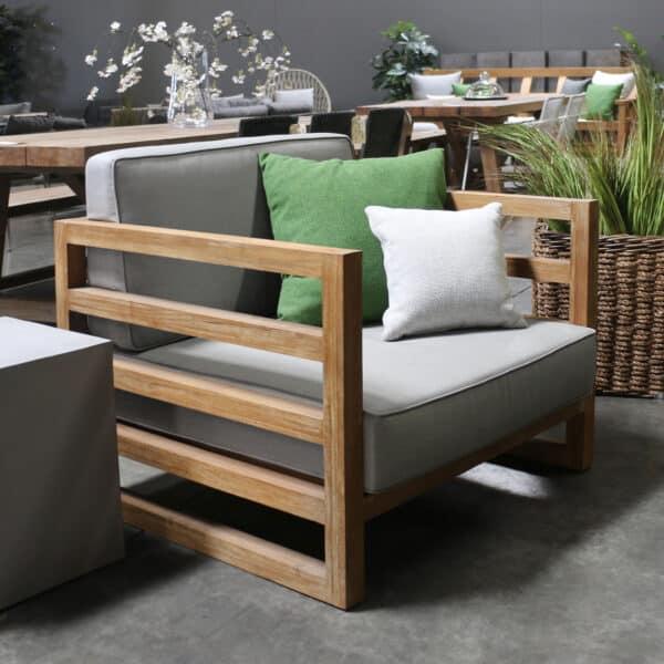 Manhattan Teak Outdoor Lounge Chair With Cushions