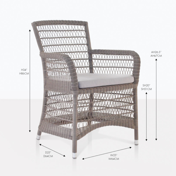 Hampton wicker pebble arm chair