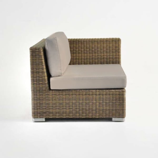 brown wicker arm chair