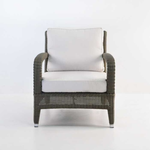 aaron outdoor wicker chair kubu front view