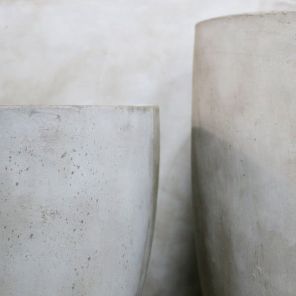 Accessories - brooklyn concrete planter oval closeup
