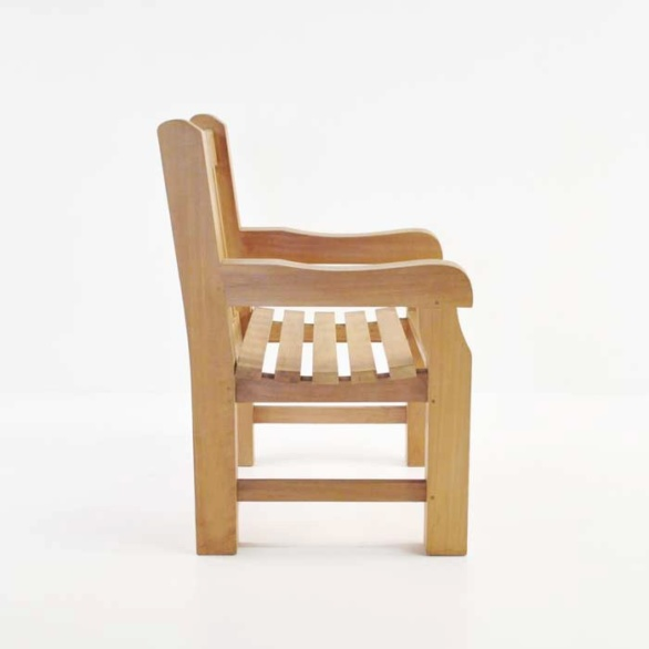 classic jumbo garden chair side view