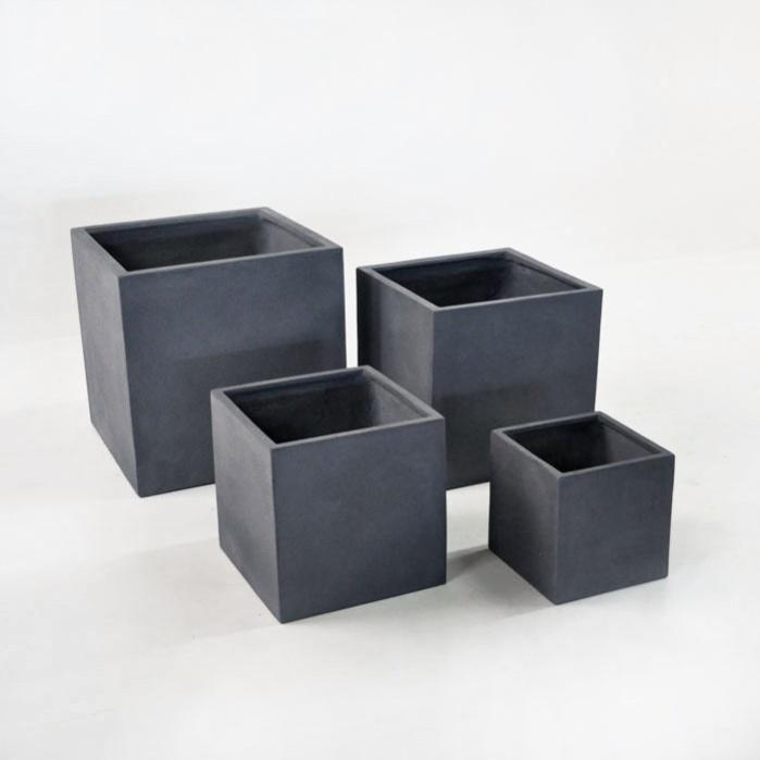 Raw Concrete Planters Square (Dark)-0