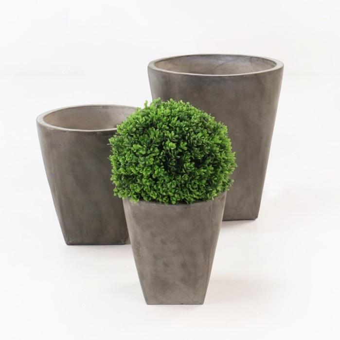 Blok Concrete Round Planters-0