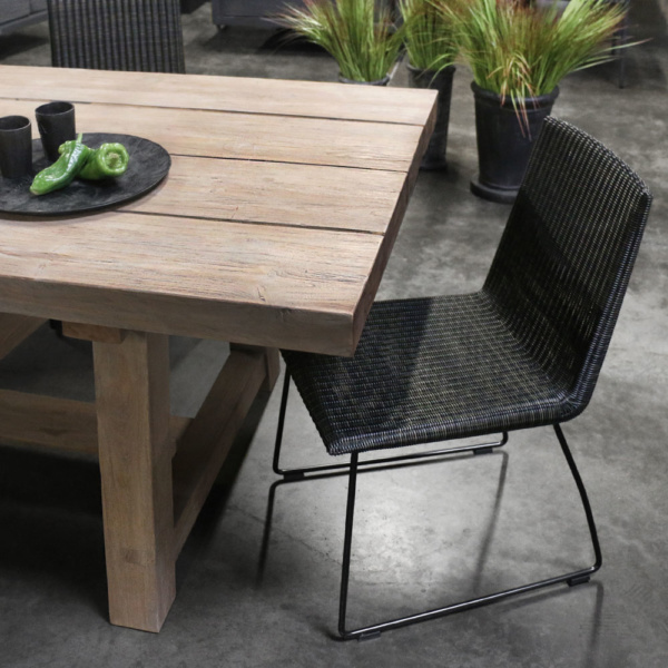 Retero Modern Wicker Dining Chair In The Showroom