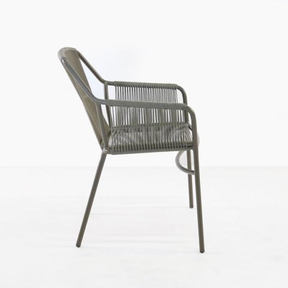 lightweight outdoor dining chair