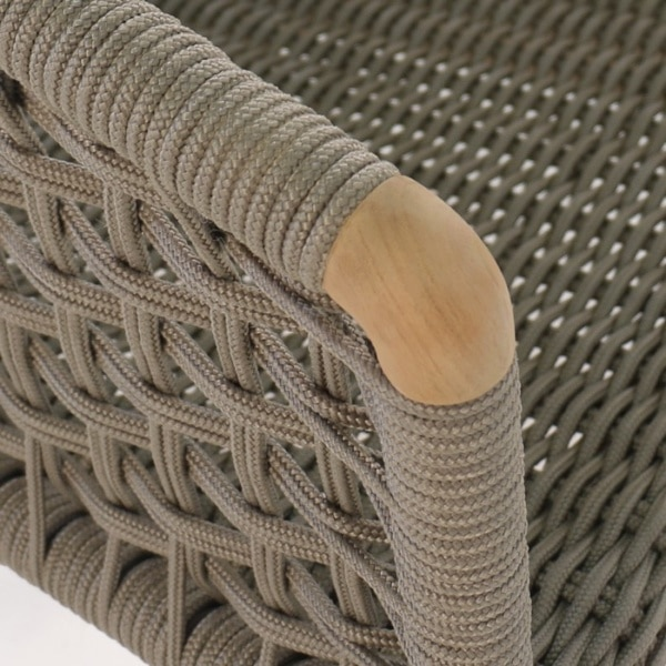Ravoli Rope Outdoor Dining Chair closeup image