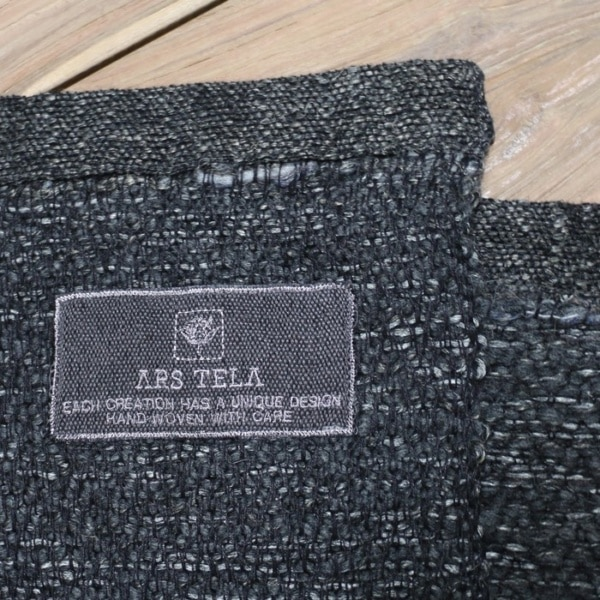 ars tela throw label
