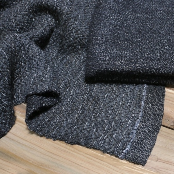 wool and linen blankets