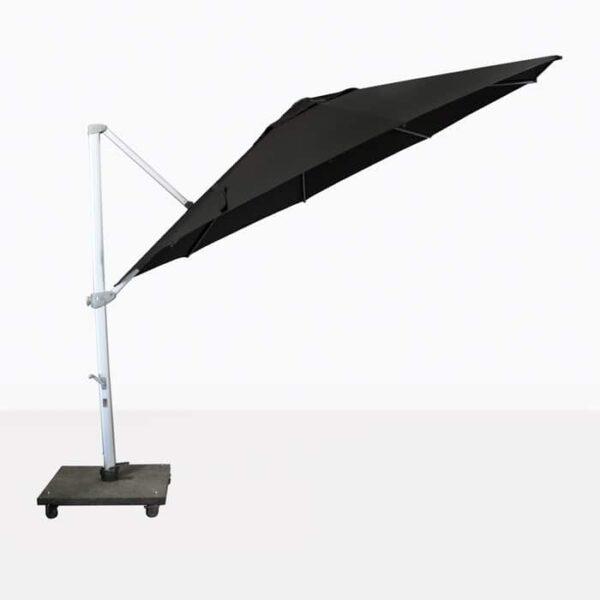 cantilever umbrella on an angle