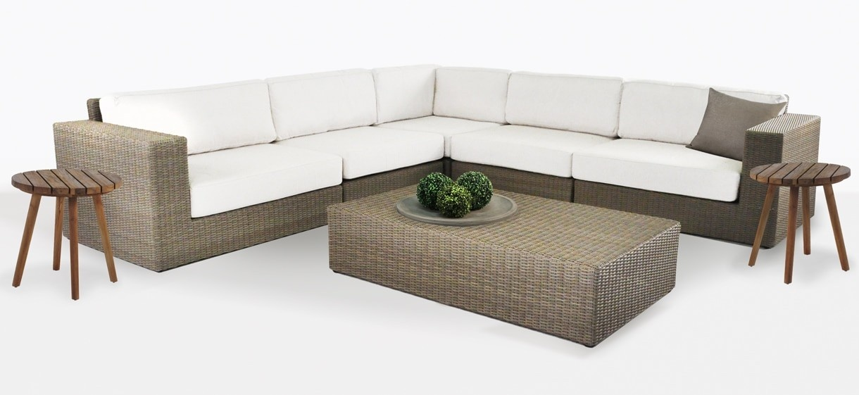 Austin Outdoor Wicker Sectional Oversized Sofa