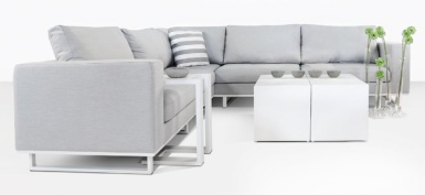 Apartmento Outdoor Sectional Sofa