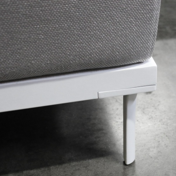 Kobii aluminum deep seating ottoman white