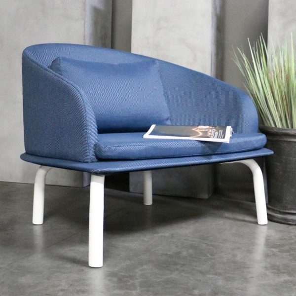 kobii blue chair