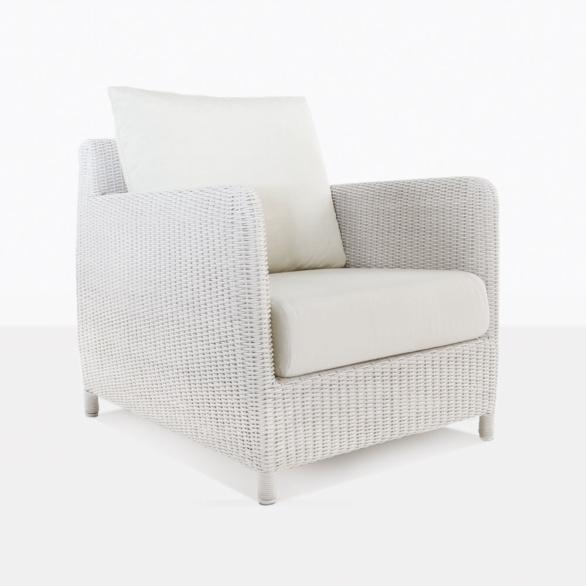 Valhalla White Wicker Lounge Chair