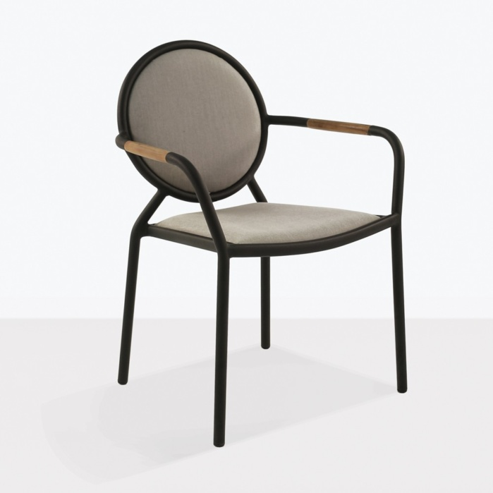 medallion outdoor dining chair angle
