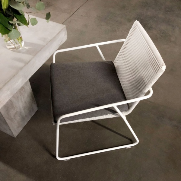 Pierre Dining Chair With Concrete Table