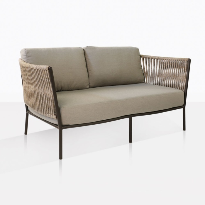 Tessa Rope Outdoor Loveseat With Taupe Cushions