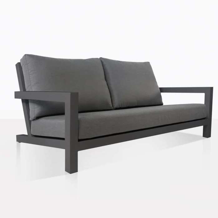 Granada Outdoor Loveseat With Cushions