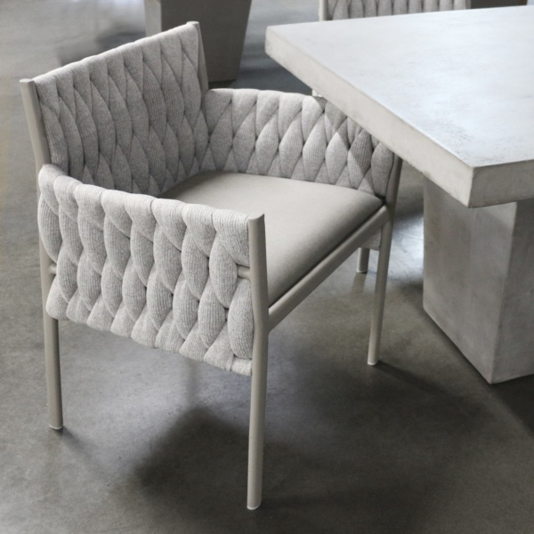 calvin outdoor dining chair