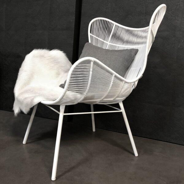 nairobi white wing relaxing chair