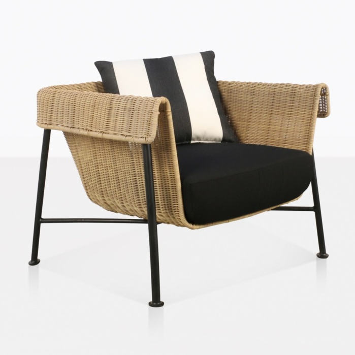 Yoji Wicker Relaxing Chair