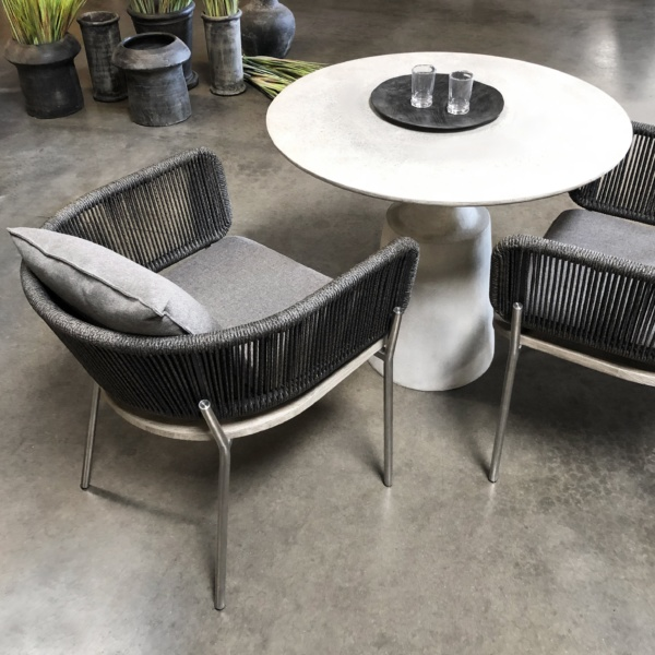 vertical woven dining chair