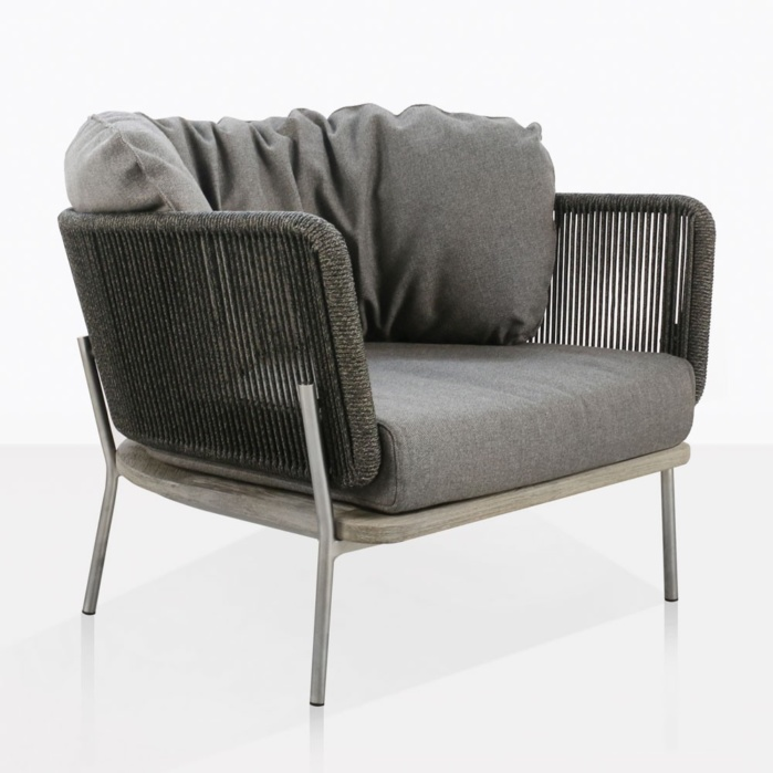 Studio Relaxing Chair With Vertical Rope Weave