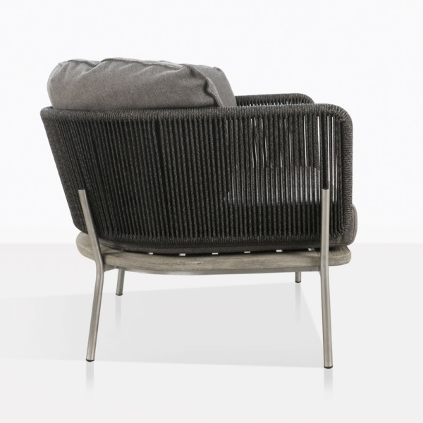 Studio Relaxing Chair With Vertical Rope Weave Side