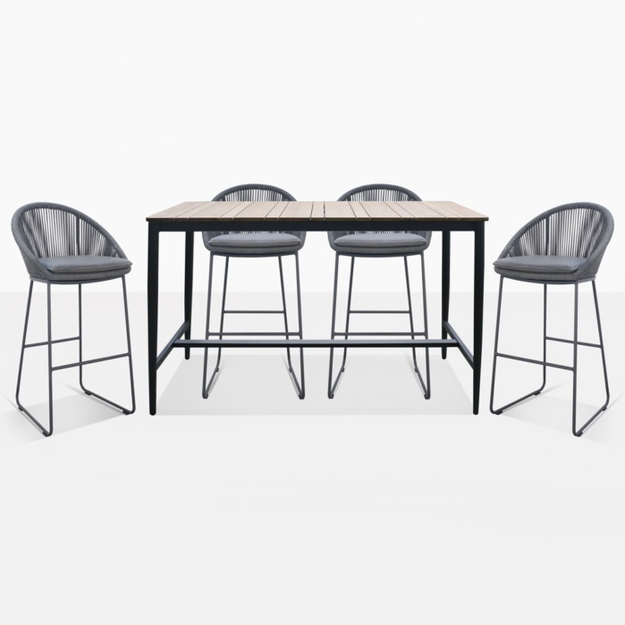 Urban Bar height Table and chairs