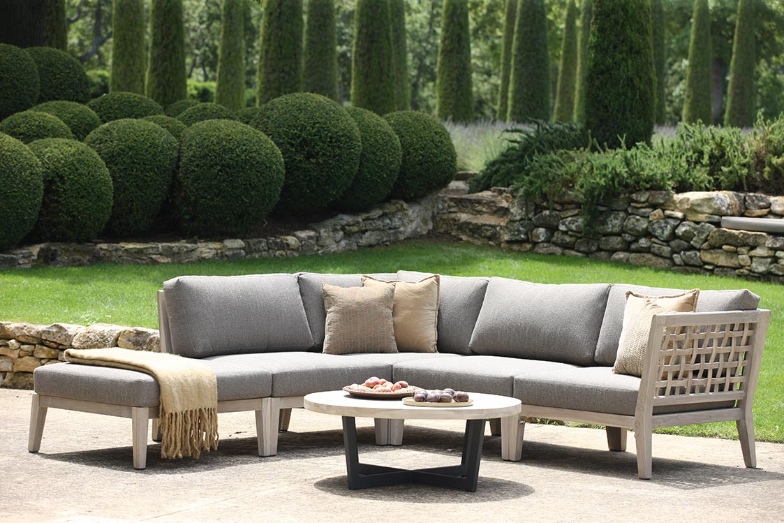 outdoor sectional furniture set