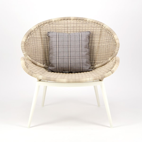 Scoop Outdoor Woven Relaxing Chair - Front View