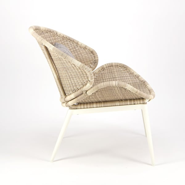 Scoop Outdoor Woven Relaxing Chair - Side View
